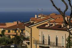 Italienische Stadt von Soverato wacht in den frühen Stunden auf Stockfotografie