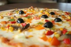 Italienischer hölzerner Oven Pizza Lizenzfreie Stockbilder