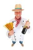 Italienischer Koch mit Teigwaren und Wein Stockfotos