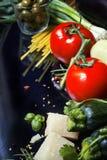 Italienischer Nahrungsmittelhintergrund Stockfotos