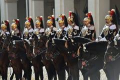 Italienischer nationaler Schutz der Ehre während einer willkommenen Zeremonie am Quirinale-Palast stockfotos