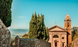Italienisches Erbe - Kirche Madonnas Del Soccorso in Montalcino lizenzfreie stockfotos
