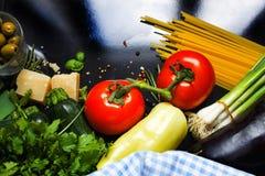 Italienisches Lebensmittel backgroundi Lizenzfreies Stockbild
