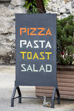 Italienisches Menürestaurant Lizenzfreie Stockbilder