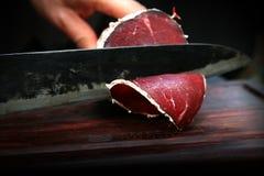 Italienisches Mittagessenfleisch bresaola lizenzfreie stockfotografie