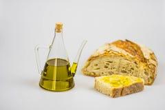 Italienisches Olivenöl mit Brot Lizenzfreies Stockfoto