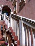 Italienisches Treppenhaus Lizenzfreie Stockfotos