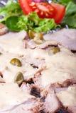 Italienisches vitello tonnato Stockbild