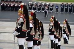 Italiens nationaler Schutz der Ehre während einer Militärzeremonie lizenzfreie stockbilder