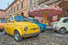 Italiensk bil Fiat 500 Abarth för tappning Arkivfoto