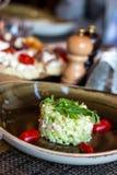 Italiensk bruschetta och sallad Royaltyfri Fotografi