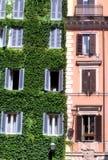 Italiensk byggnad i Rome Arkivfoton