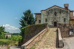 italiensk gammal by arkivbild