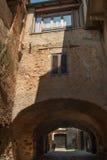 italiensk gammal by arkivfoto