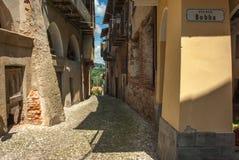 italiensk gammal by arkivbilder