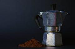 Italiensk kaffebryggare I Fotografering för Bildbyråer