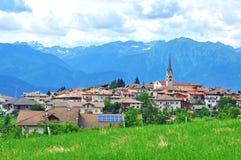 italiensk liten by Fotografering för Bildbyråer