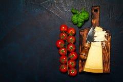 Italiensk mat eller ingrediensbakgrund med nya grönsaker, PA Arkivfoton