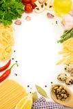 Italiensk matsammansättning över vit Arkivfoto