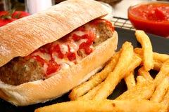 italiensk meatballsmörgås Arkivfoton