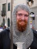 italiensk mediaeval soldat för festival Arkivfoton