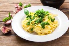 Italiensk ny pasta Royaltyfria Bilder