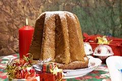 italiensk pandoroxmas för cake arkivfoton