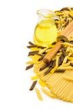 Italiensk pasta över vit Royaltyfria Bilder