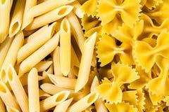Italiensk pasta, bakgrundstextur Royaltyfri Foto