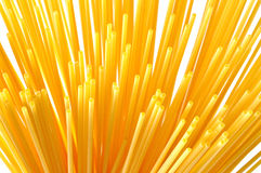 Italiensk pasta för spagetti på vit Fotografering för Bildbyråer