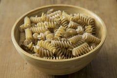 Italiensk pasta i bunken Arkivfoto