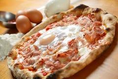 Italiensk Pizzasakkunnig Royaltyfria Bilder