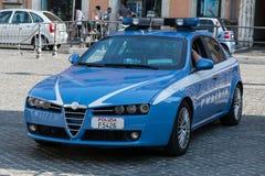 Italiensk polisbil Alfa Romeo 159 Arkivbild