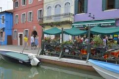 Italiensk restaurang på Burano Royaltyfria Foton