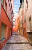 italiensk smal gatatown Fotografering för Bildbyråer