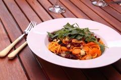 Italiensk spagetti med grönsaker Royaltyfria Foton