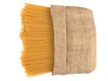 Italiensk spagetti som ska plundras, isolerade på vit bakgrund royaltyfria foton