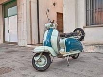 Italiensk sparkcykel Lambretta Li för tappning 150 serie 2 Fotografering för Bildbyråer