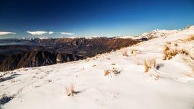 Italienska berg i vintern Arkivbilder