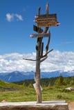 italienska berg post tecknet Royaltyfria Foton