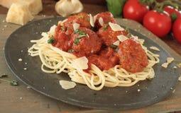 Italienska grisköttköttbullar Arkivbild