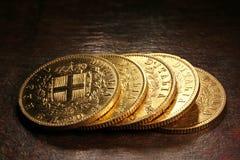 Italienska guld- mynt Arkivbilder