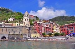 Italienska hus, Cinque Terre Arkivfoton