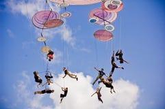 Italienskt akrobatiskt lag i Sibiu Rumänien royaltyfri foto