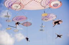 Italienskt akrobatiskt lag i Sibiu Rumänien royaltyfria bilder