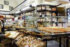 Italienskt bageri royaltyfria foton