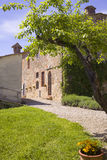 Italienskt hus i Tuscany royaltyfri fotografi