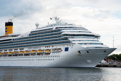 Italienskt lyxigt kryssningskepp Costa Fortuna Royaltyfri Fotografi
