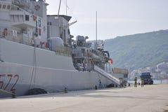 Italienskt militärt skepp Libeccio i Montenegro arkivfoto