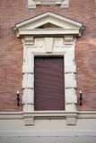 Italienskt utsmyckat fönster fotografering för bildbyråer